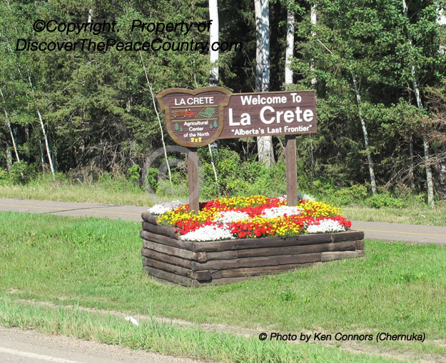 Town And Country >> La Crete, Alberta - Photo of the Welcome sign.